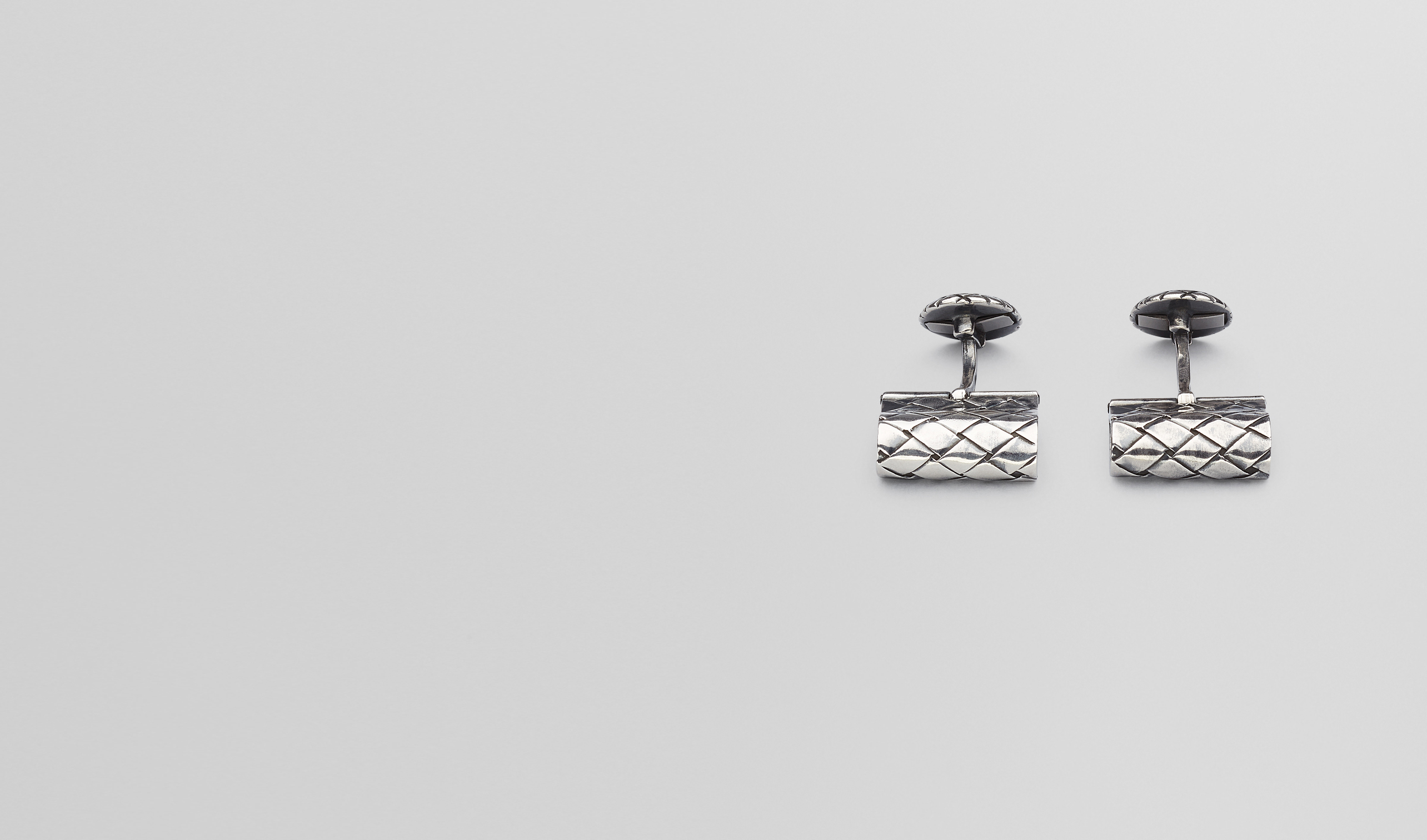 BOTTEGA VENETA Other Silver Accessory U CUFFLINKS IN INTRECCIATO SILVER pl