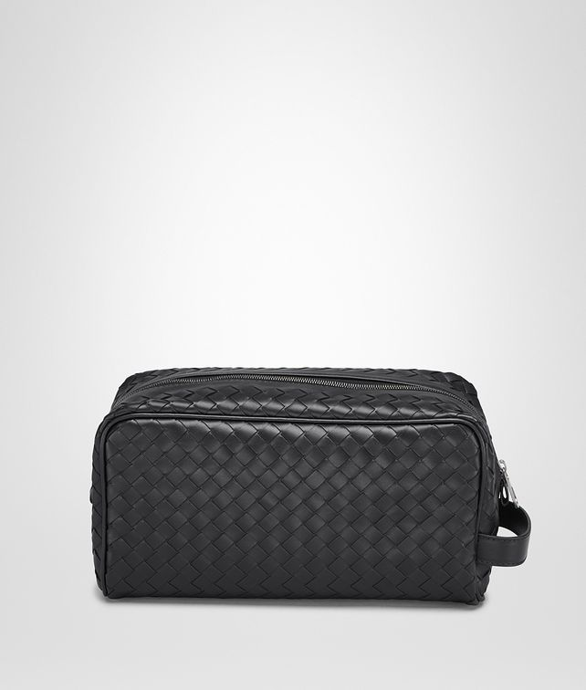 BOTTEGA VENETA TOILETRY CASE IN NERO INTRECCIATO VN Pouch Man fp