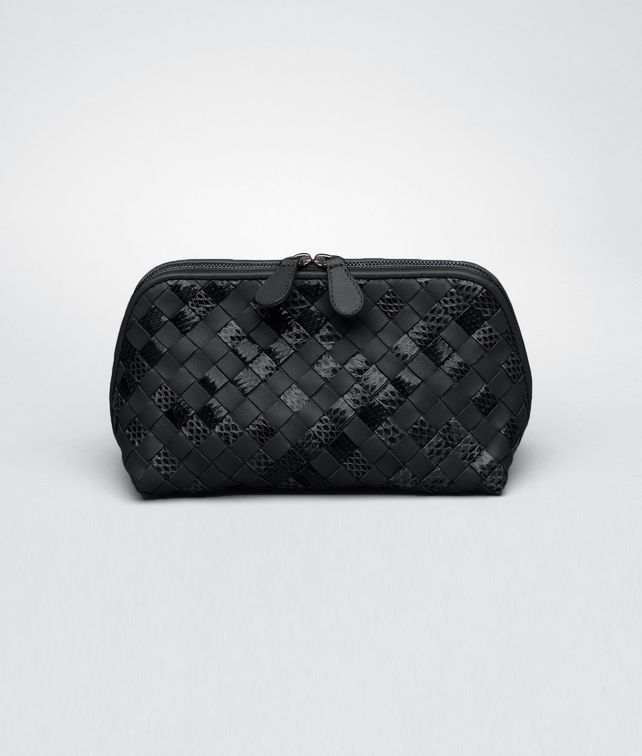 BOTTEGA VENETA MEDIUM COSMETIC CASE IN NERO INTRECCIATO NAPPA AND AYERS Other Leather Accessory D fp