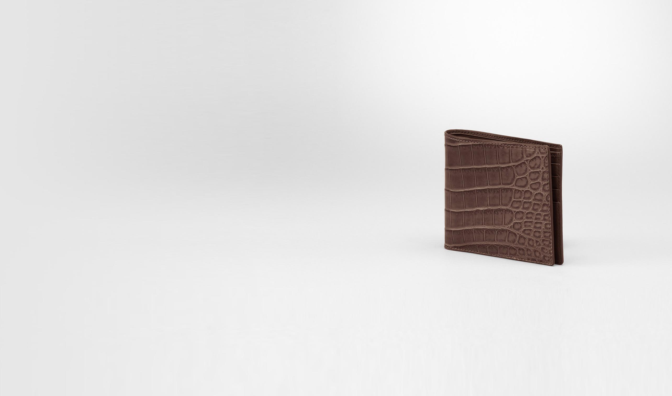 BOTTEGA VENETA Portafoglio bi-fold U PORTAFOGLIO BI-FOLD IN COCCODRILLO EDOARDO pl