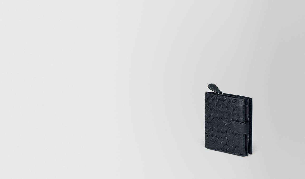 mini wallet in tourmaline intrecciato nappa landing