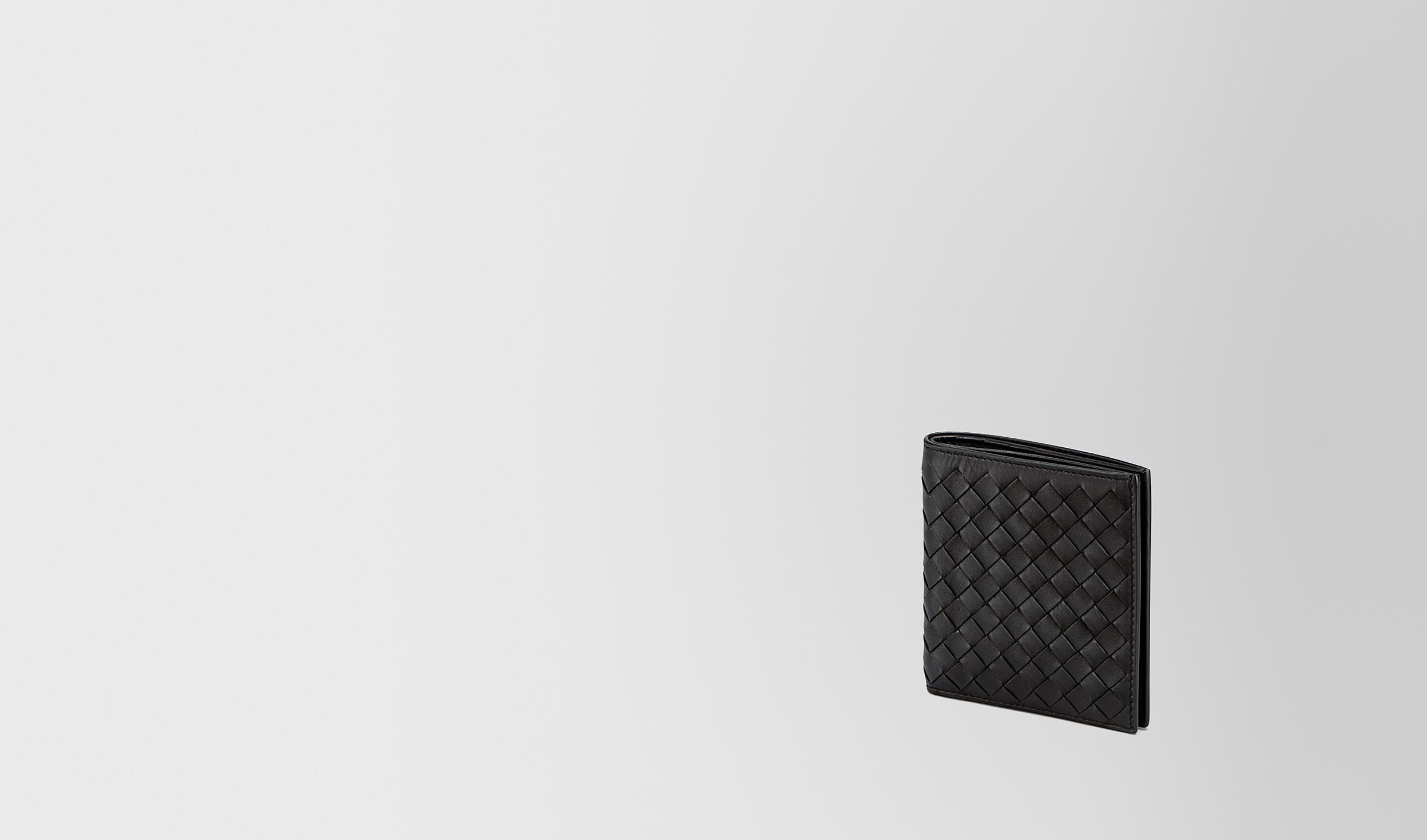 BOTTEGA VENETA Bi-fold Wallet U SMALL BI-FOLD WALLET IN NERO INTRECCIATO VN pl