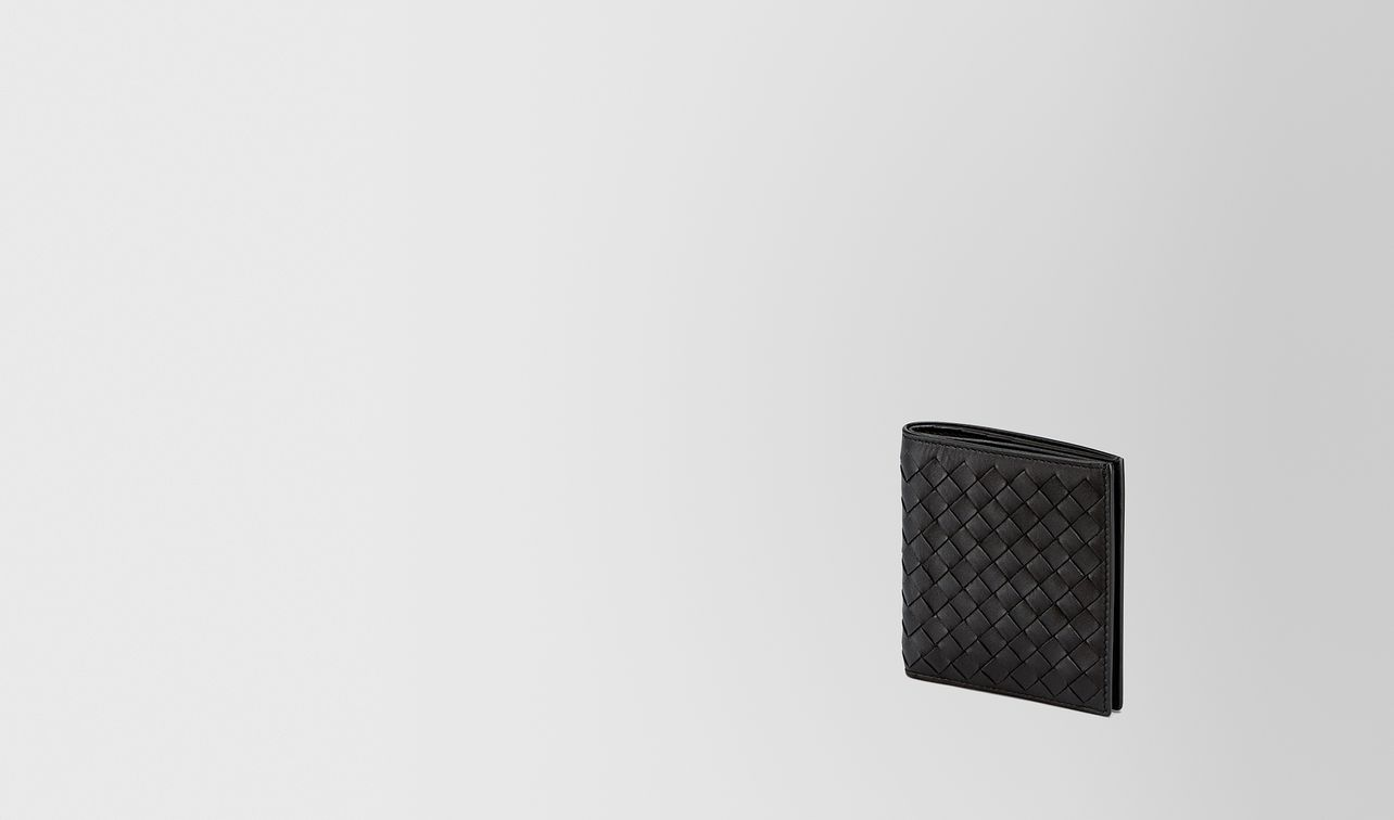 small bi-fold wallet in nero intrecciato vn landing