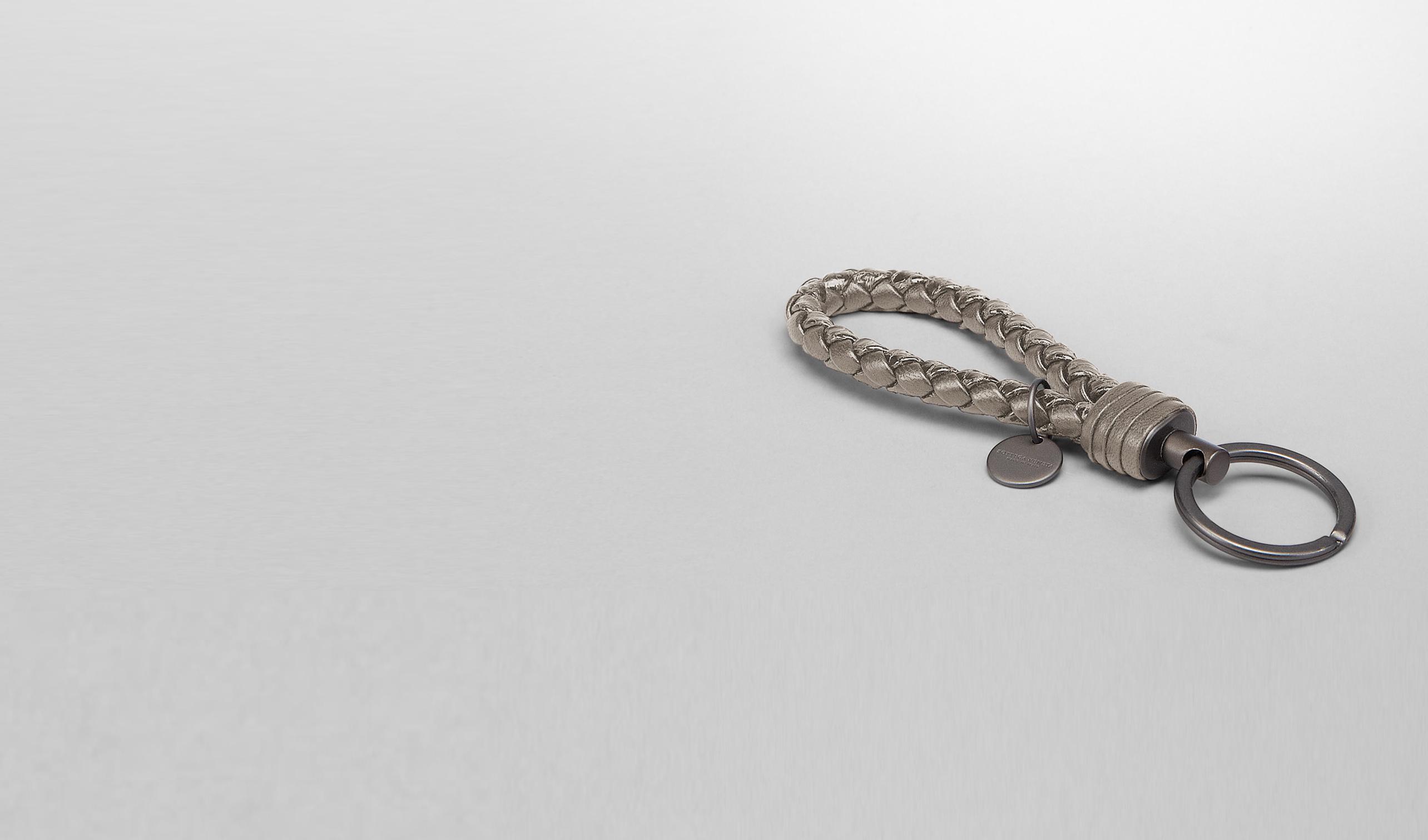 BOTTEGA VENETA Keyring or Bracelets E Fume Intrecciato Ayers Key Ring pl
