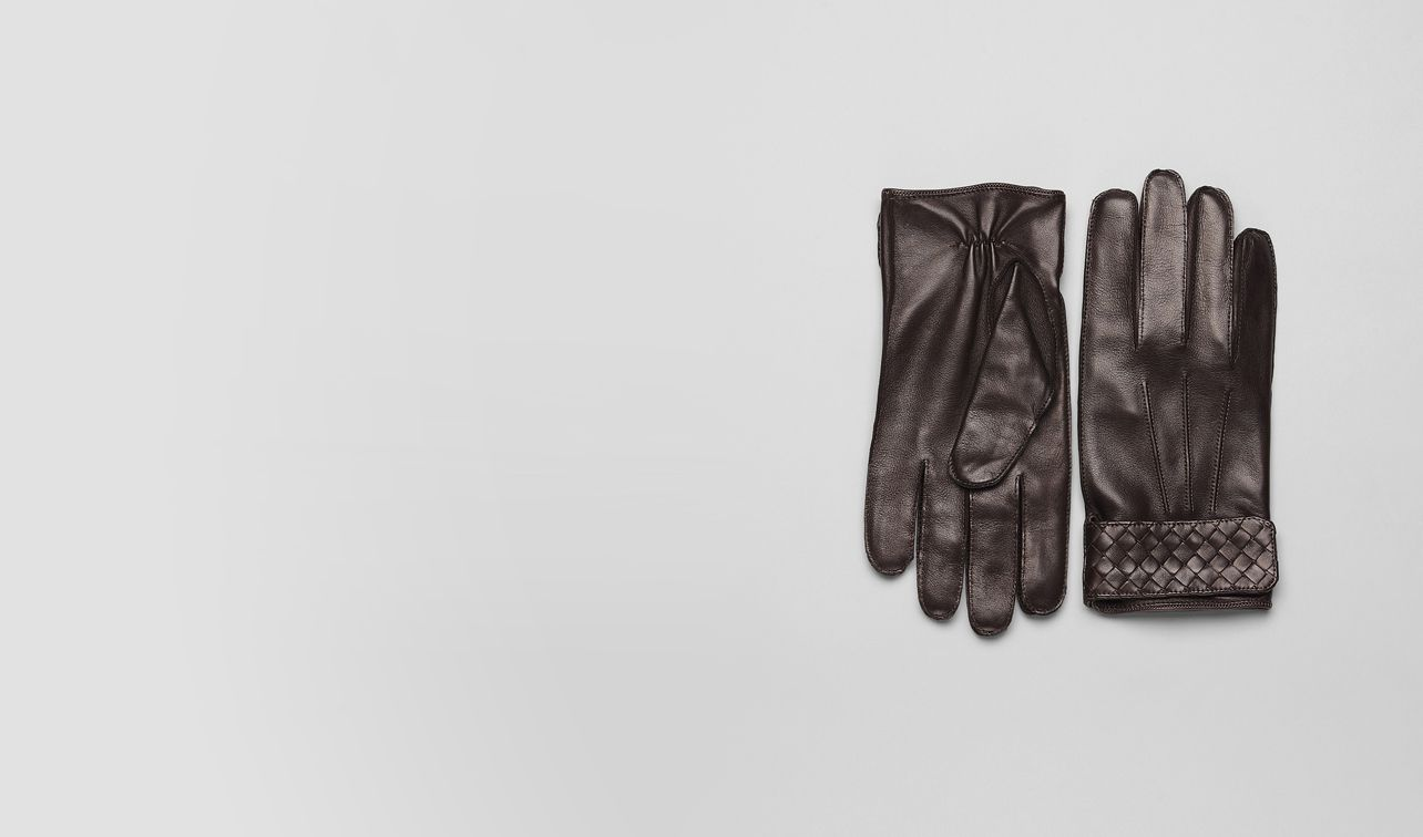 BOTTEGA VENETA Scarf or Hat or Glove U Ebano Soft Nappa Gloves pl