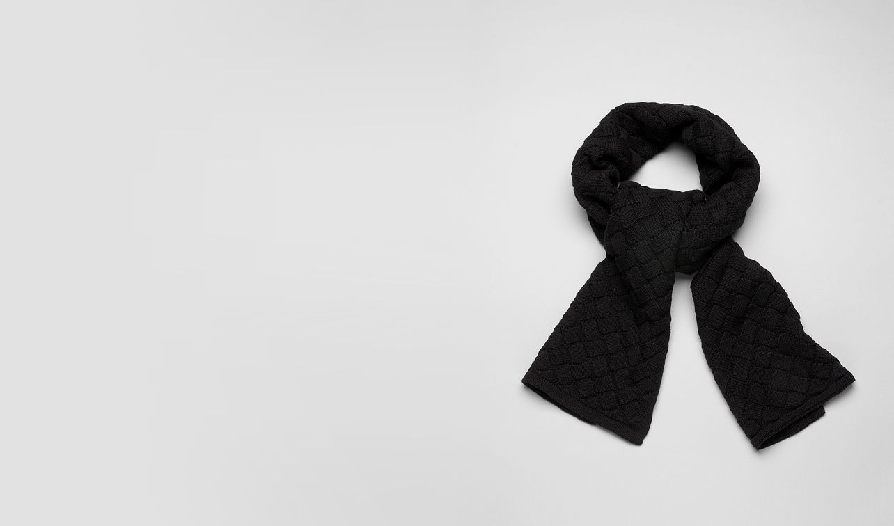 BOTTEGA VENETA Scarf or other U SCARF IN NERO WOOL pl