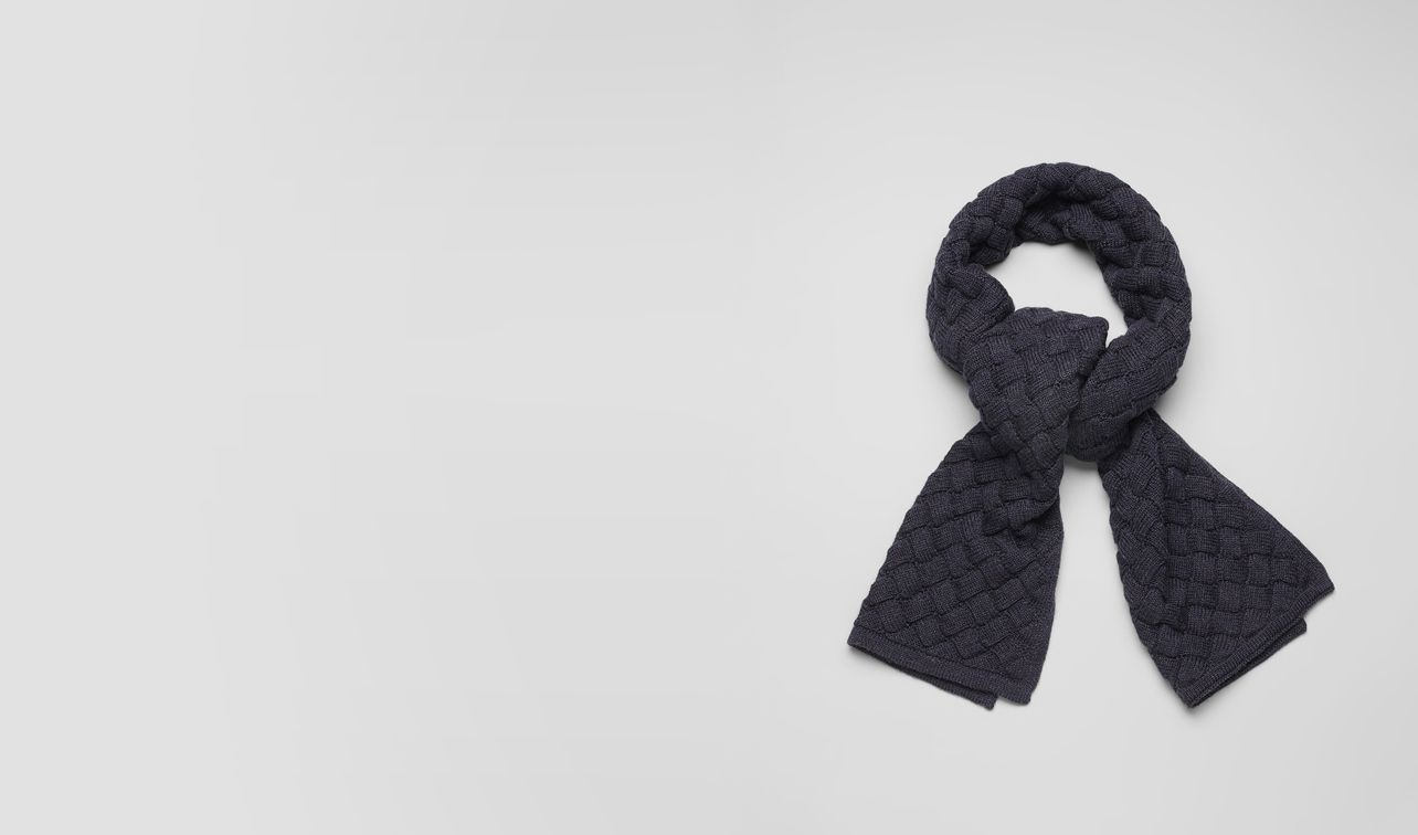 BOTTEGA VENETA Scarf or Hat or Glove U Navy Wool Scarf pl