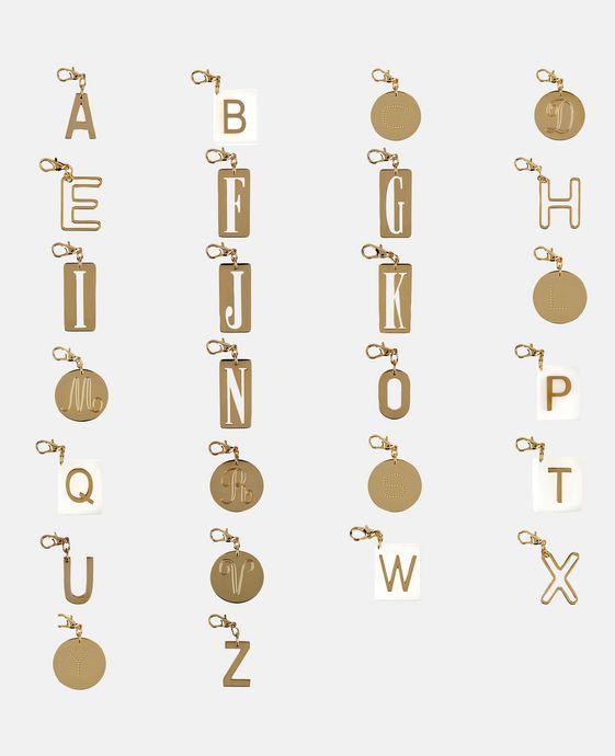 STELLA McCARTNEY Schlüsselring mit Buchstaben-Anhänger Schmuck D c
