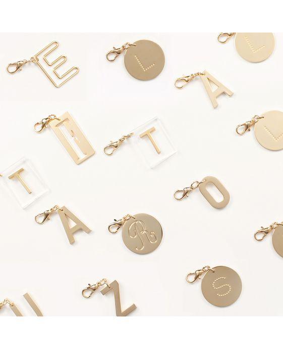 STELLA McCARTNEY Schlüsselring mit Buchstaben-Anhänger Schmuck D i