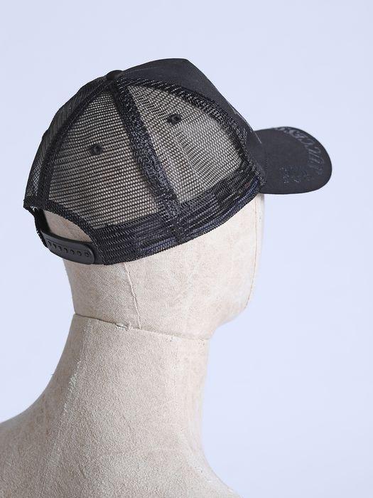 DIESEL CROCHEL Gorros, sombreros y guantes U e