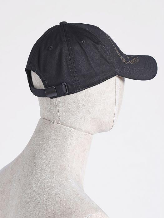 DIESEL CAHETEL Caps, Hats & Gloves U e