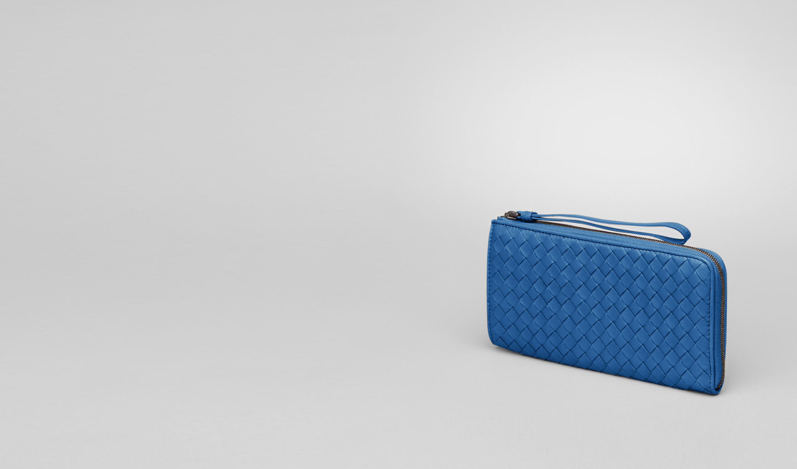 BOTTEGA VENETA Zip Around Wallet D Électrique Intrecciato Nappa Zip Wallet pl