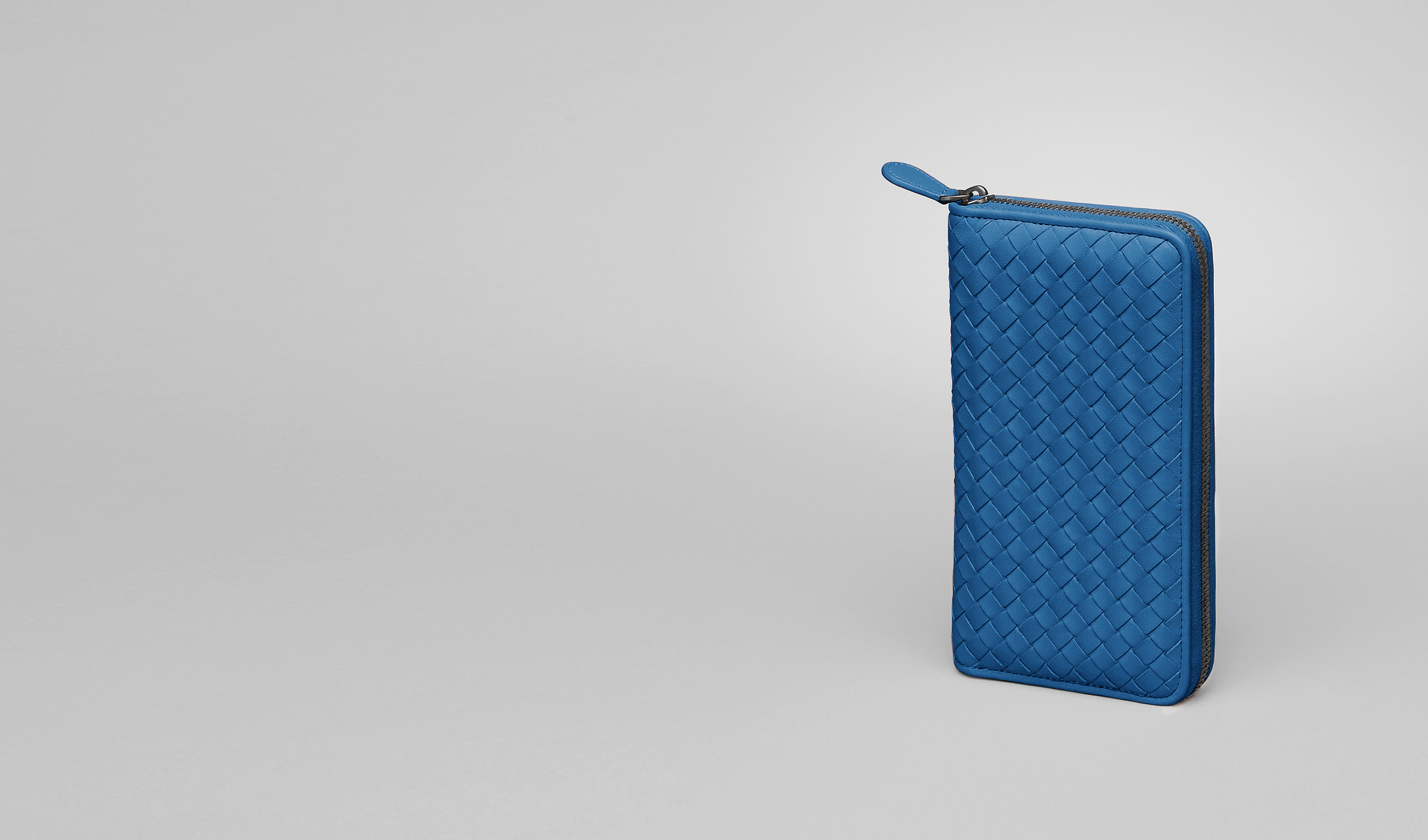 BOTTEGA VENETA Zip Around Wallet D Électrique Intrecciato Nappa Zip Around Wallet pl
