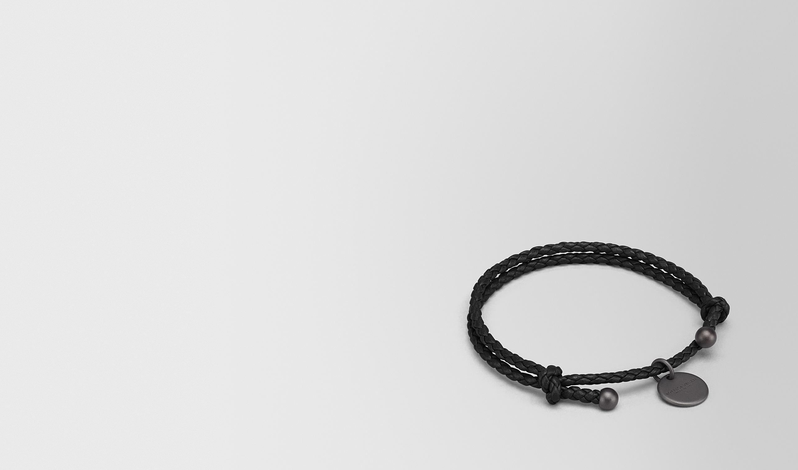 BOTTEGA VENETA Schlüsselring oder Armband E ARMBAND AUS INTRECCIATO NAPPA IN NERO pl
