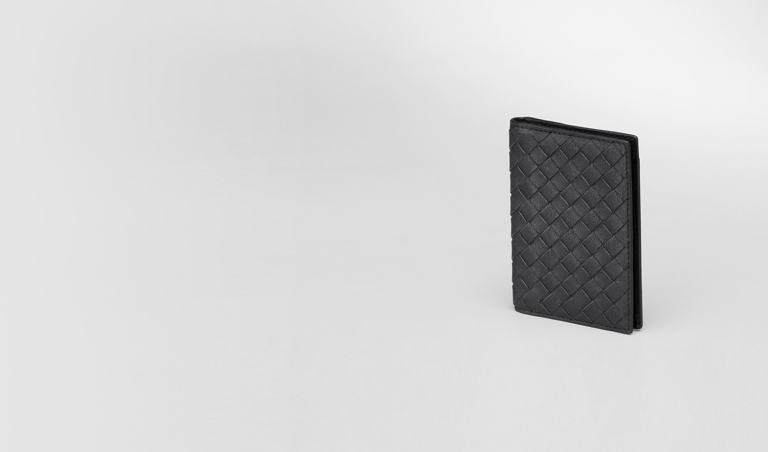 BOTTEGA VENETA Other Leather Accessory D Nero Intrecciato Washed Lambskin Card Case pl