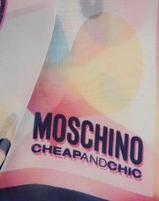 MOSCHINO CHEAP AND CHIC Scarf D d