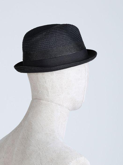 DIESEL CEVERYUN Caps, Hats & Gloves U e