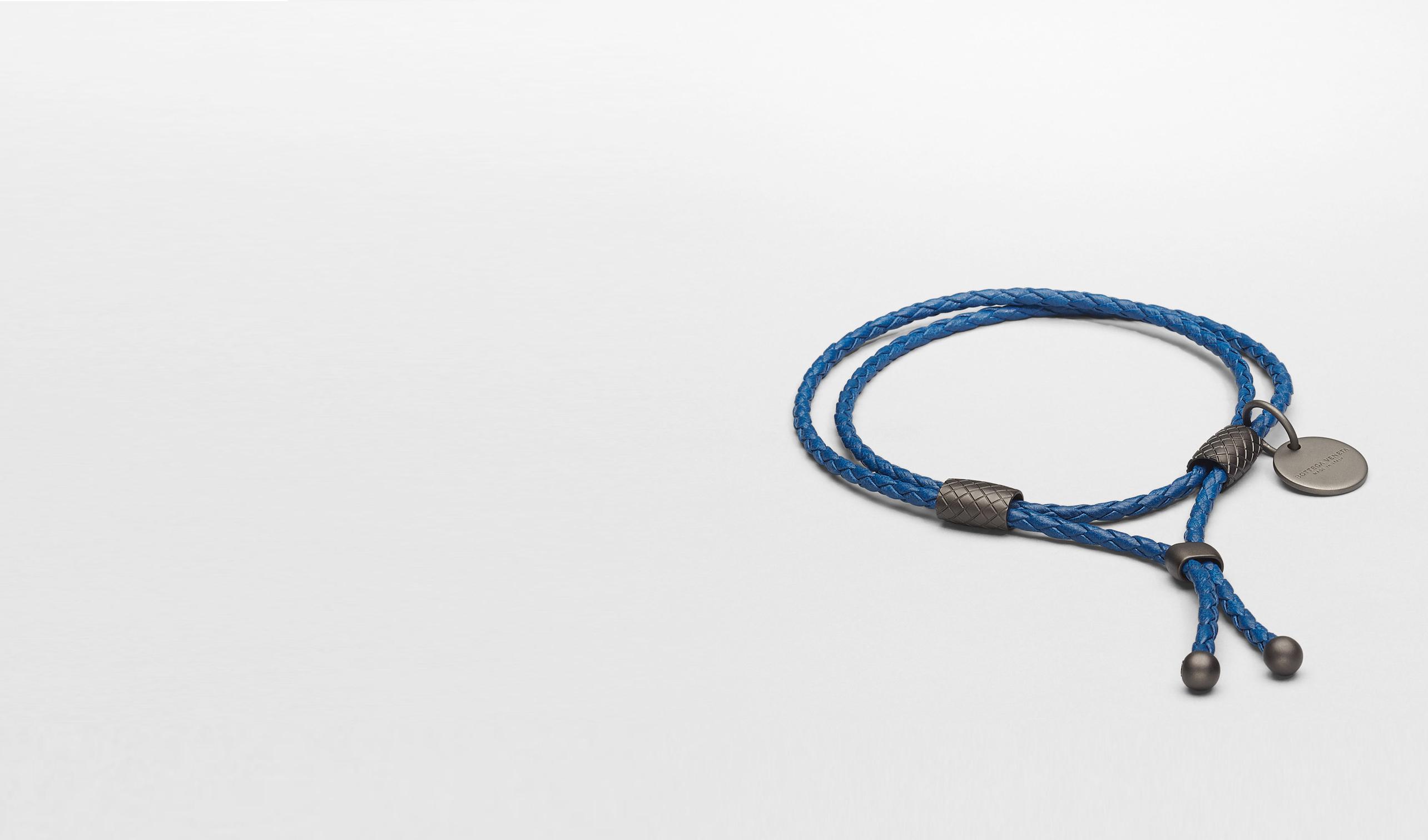 BOTTEGA VENETA Weiteres Leder Accessoire E Armband aus Nappaleder Intrecciato Électrique pl