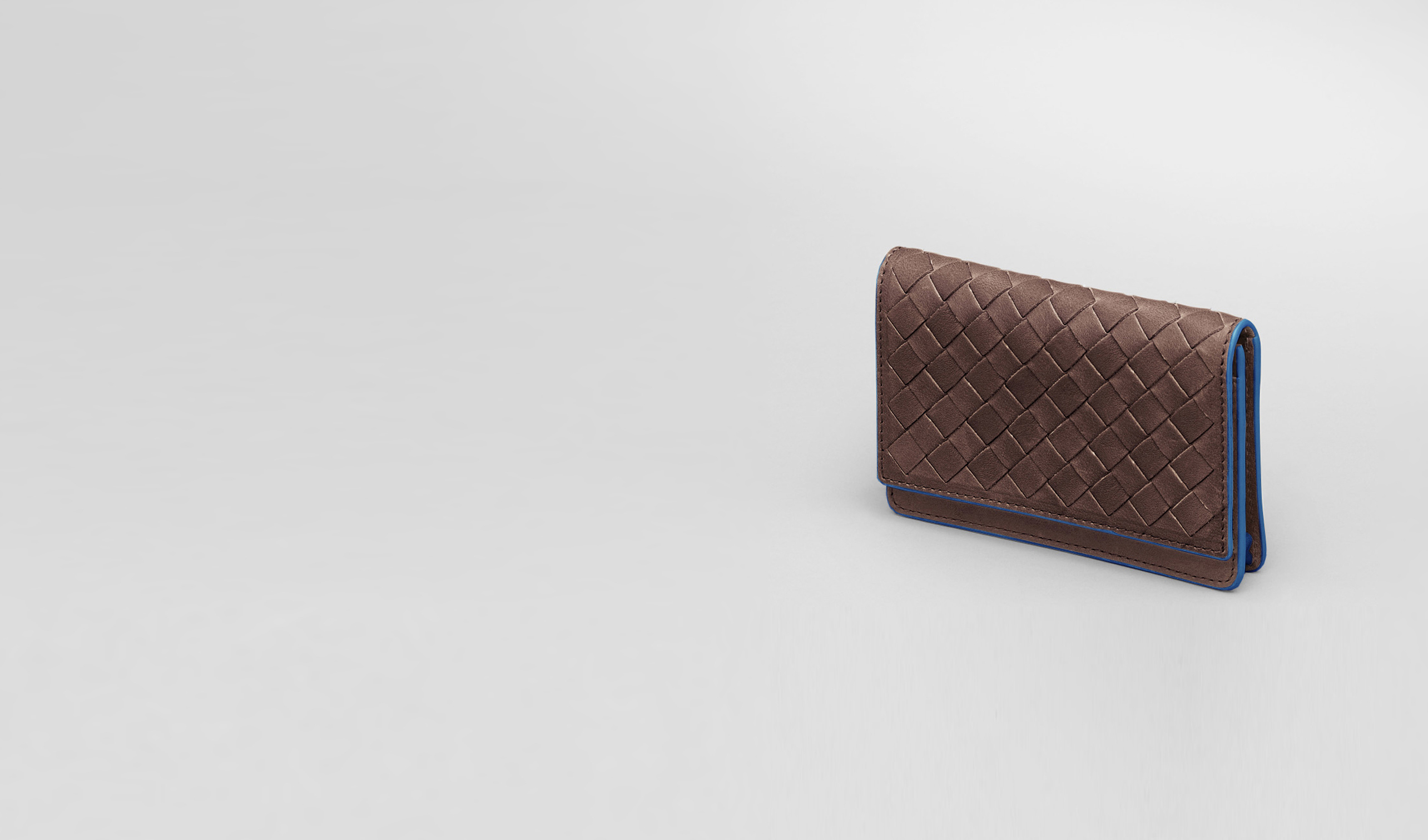 BOTTEGA VENETA Card Case or Coin Purse U Edoardo Électrique Intrecciato Washed Vintage Card Case pl