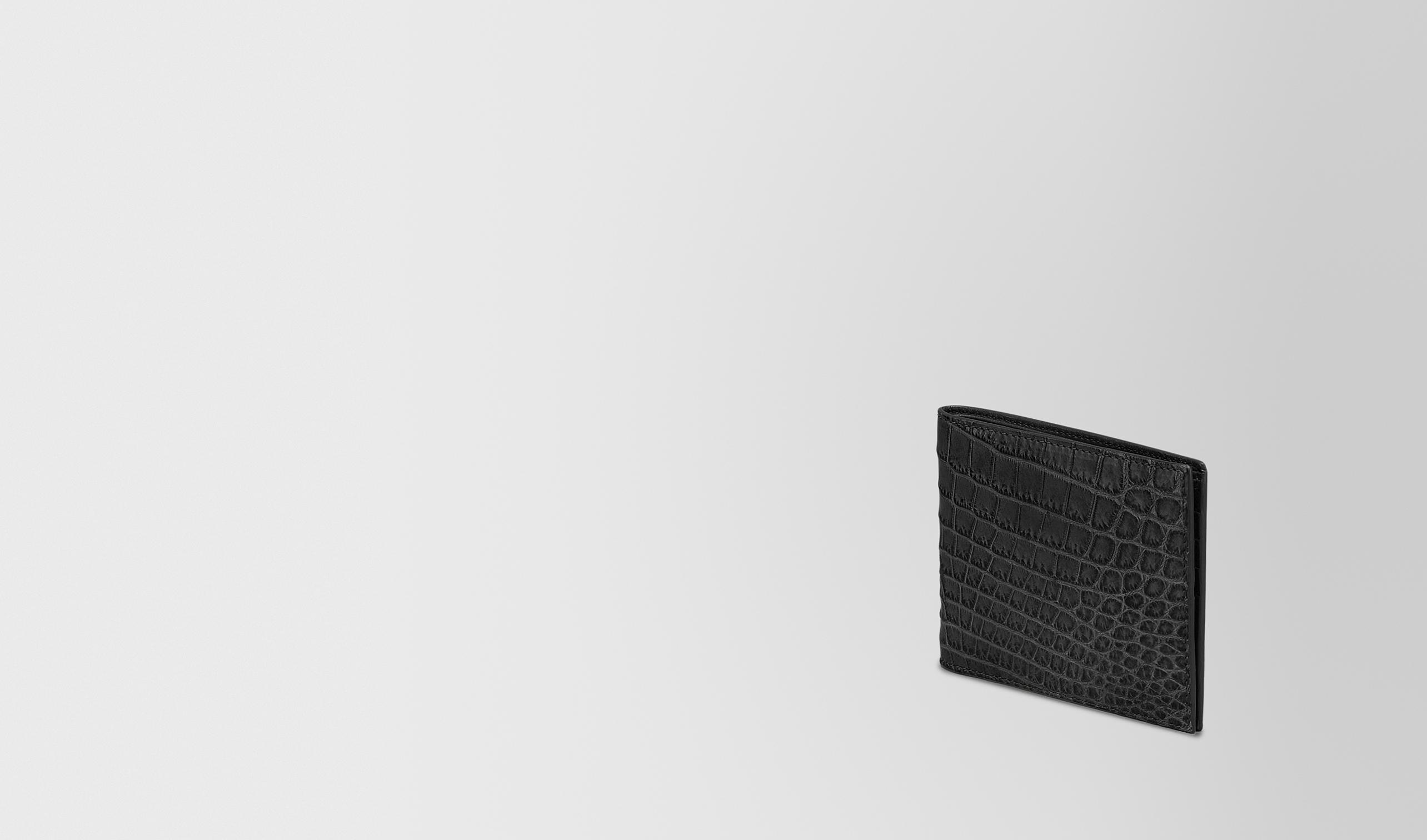 BOTTEGA VENETA Bi-fold Wallet U BI-FOLD WALLET IN NERO CROCODILE pl