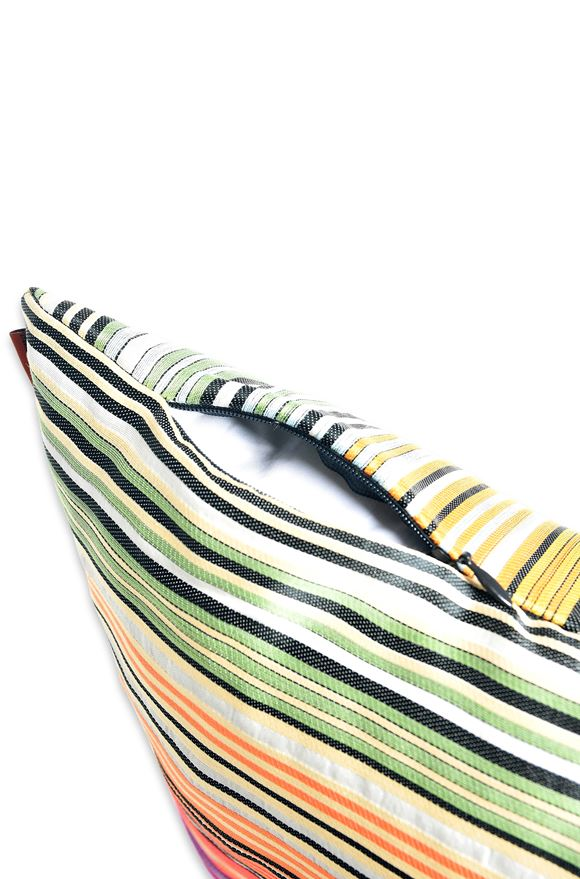 MISSONI HOME 24x24 in. Cushion E, Side view