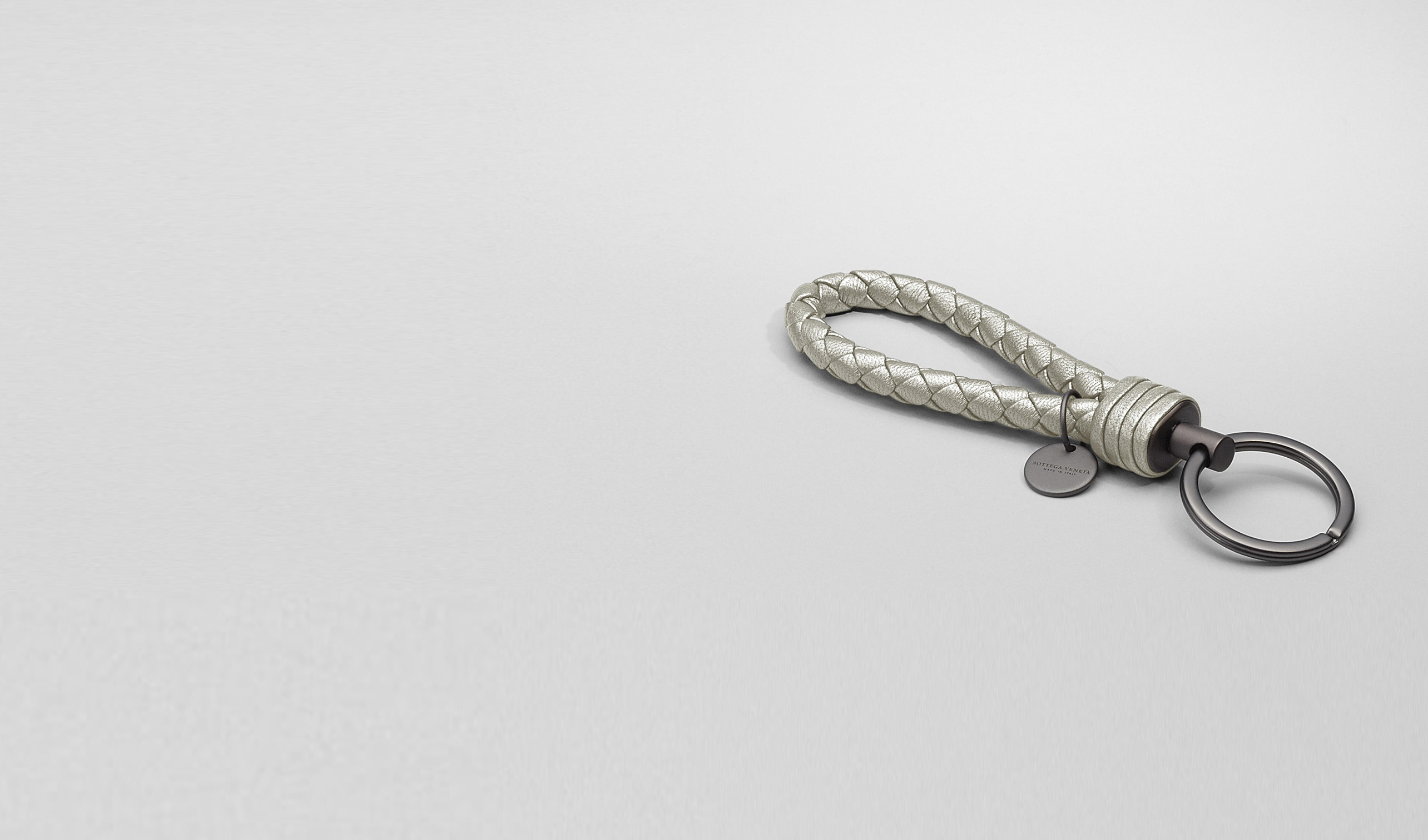 BOTTEGA VENETA Keyring or Bracelets D PLATINUM INTRECCIATO NAPPA METALLIZZATO Key Ring pl