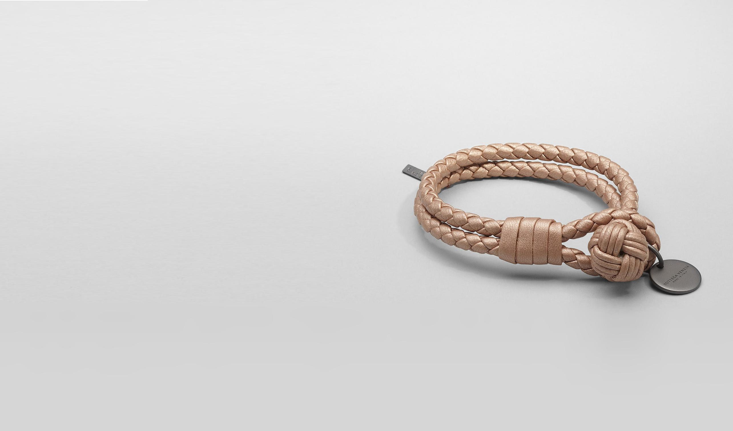 BOTTEGA VENETA Schlüsselring oder Armband D Armband aus NAPPALEDER INTRECCIATO METALLIZZATO RAME MET pl
