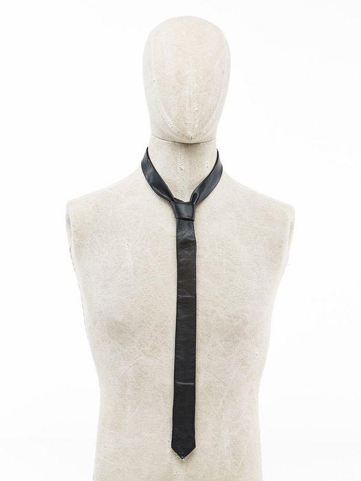 DIESEL TAYSRAJ Écharpes & Cravates U f