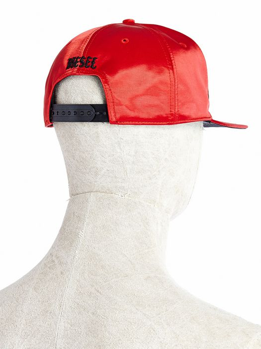 DIESEL CHIRAGHIN Caps, Hats & Gloves U e