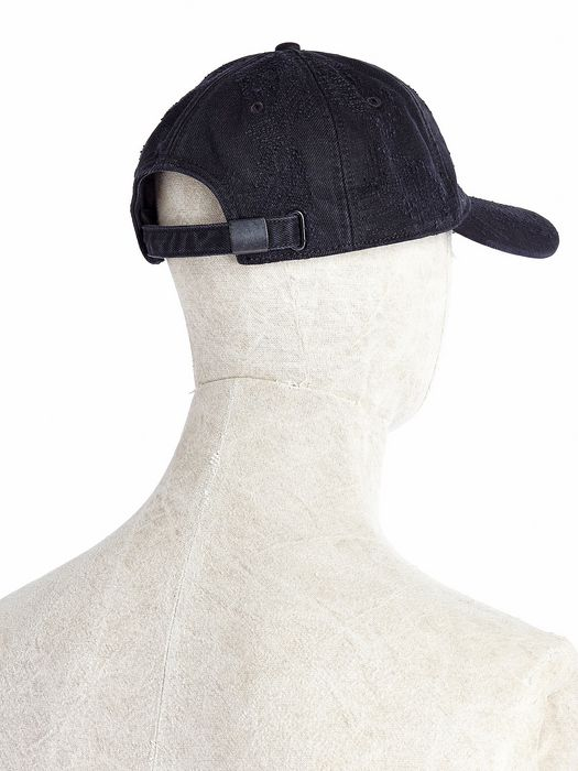 DIESEL CASTROYD Caps, Hats & Gloves U e