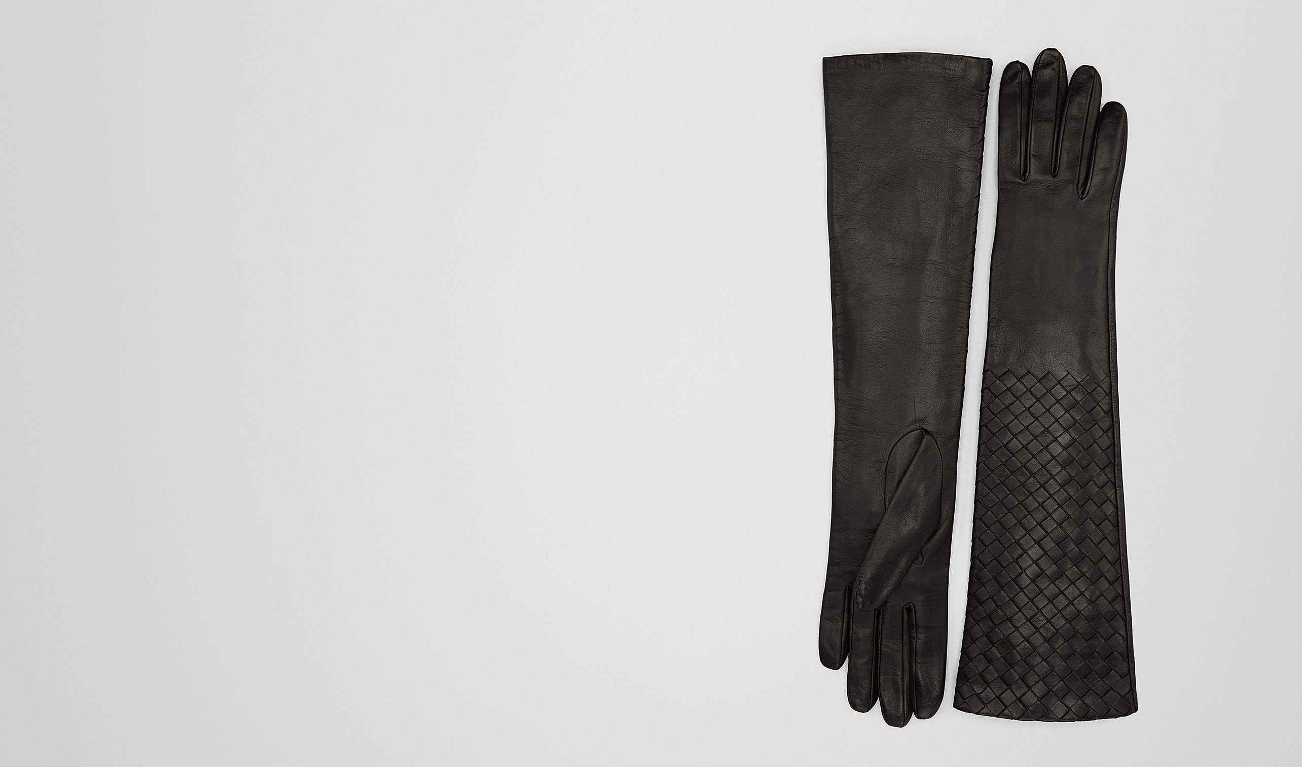 BOTTEGA VENETA Scarf or other D NERO INTRECCIATO NAPPA  GLOVES pl