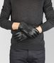 BOTTEGA VENETA GLOVES IN NERO NAPPA Hat or gloves Man rp