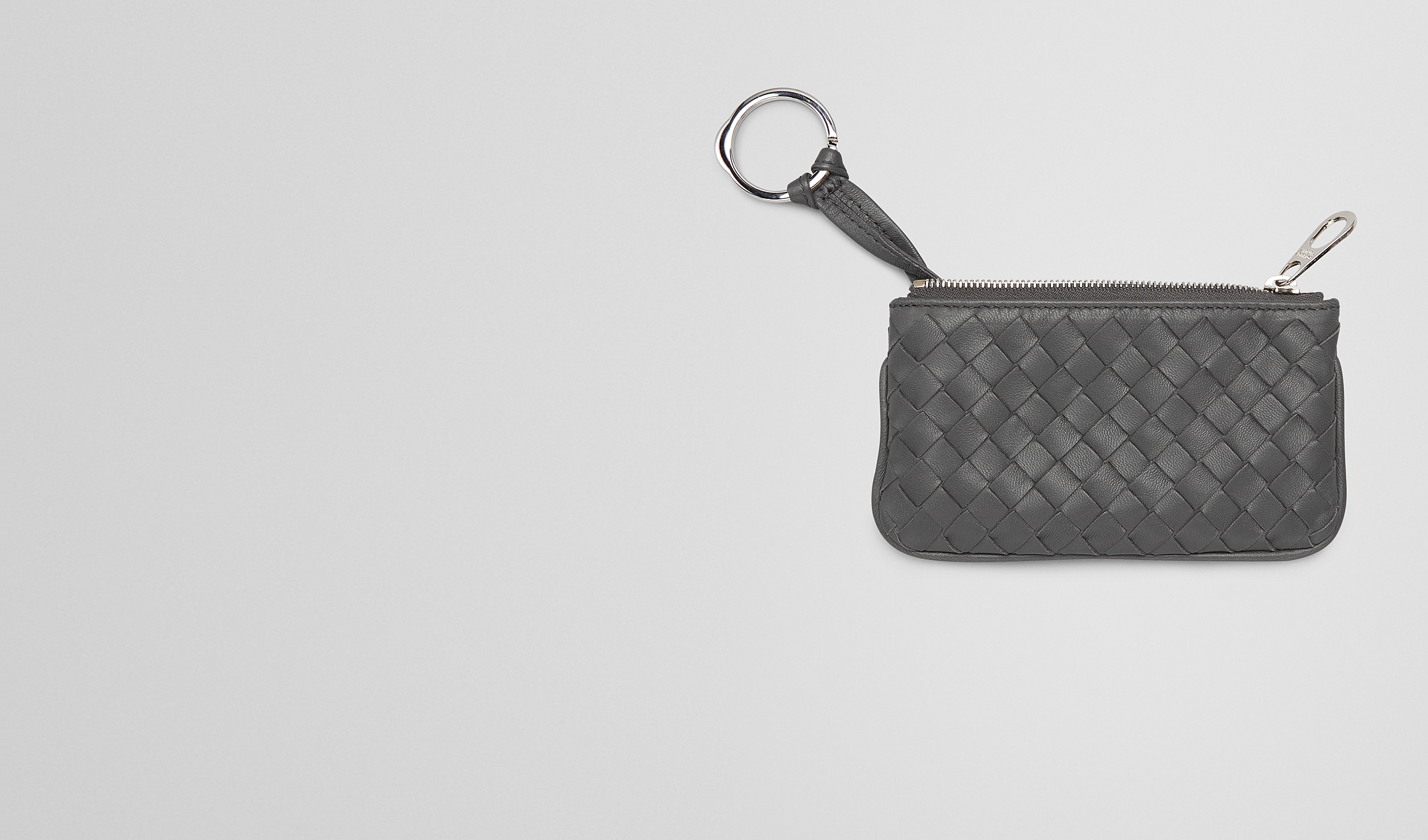 BOTTEGA VENETA Keyring or Bracelets E KEY CASE IN NEW LIGHT GREY INTRECCIATO NAPPA pl