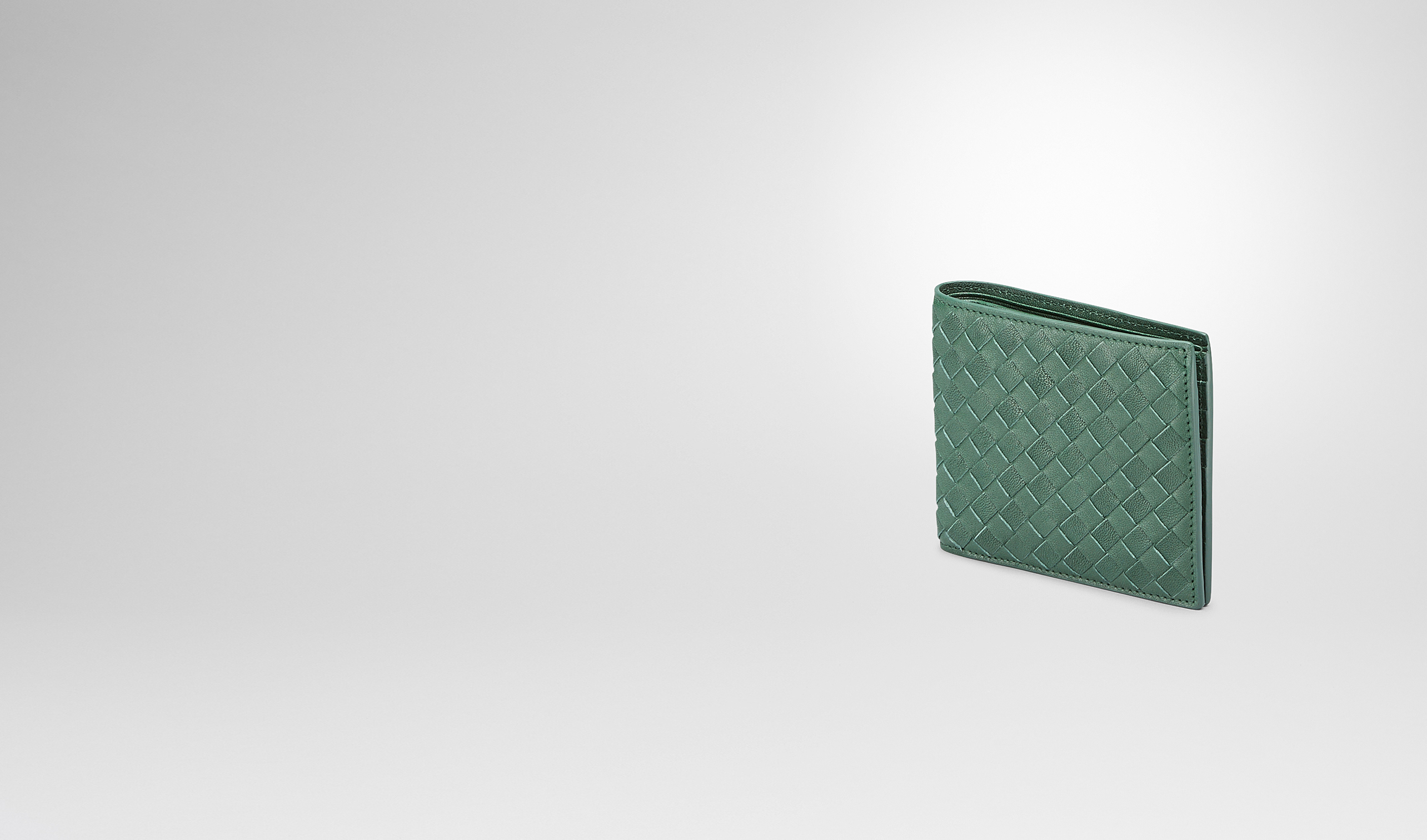 BOTTEGA VENETA Bi-fold Wallet U Emerald Green Intrecciato Washed Lambskin Wallet pl