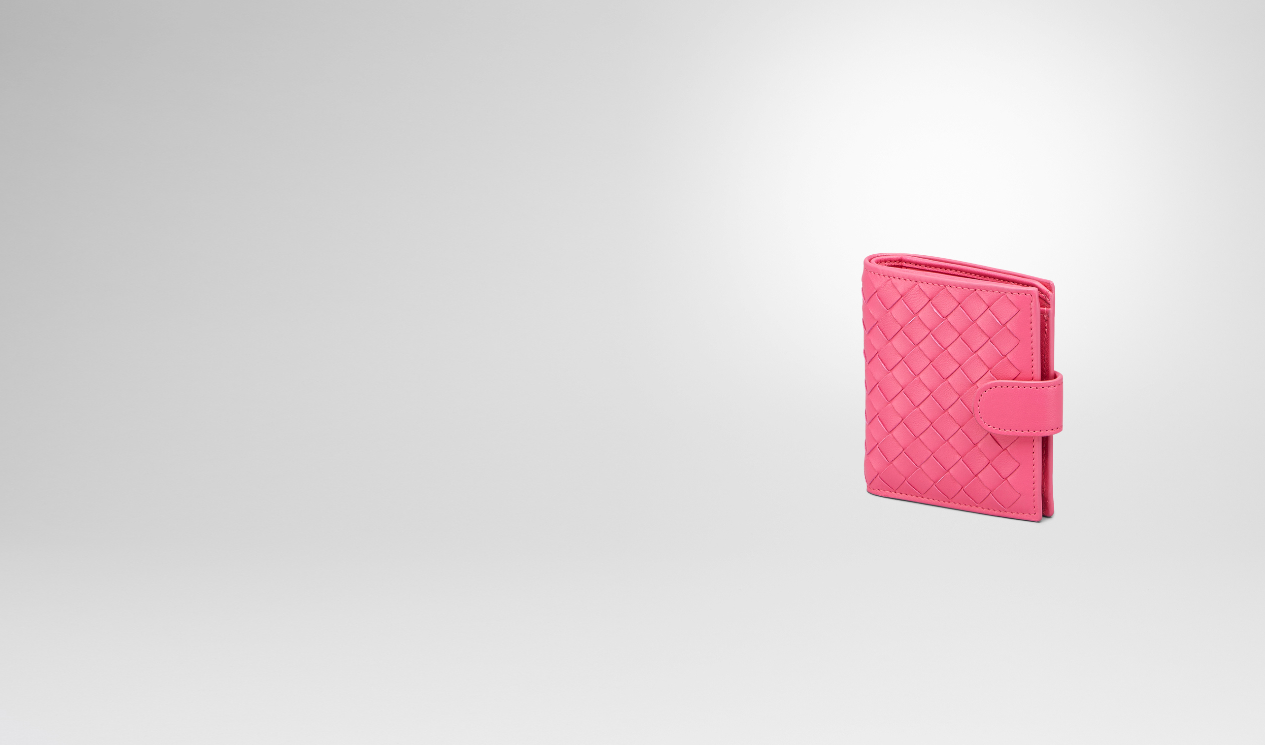 BOTTEGA VENETA Mini Wallet or Coin Purse D Rosa Shock Intrecciato Nappa Bi-Fold Wallet pl