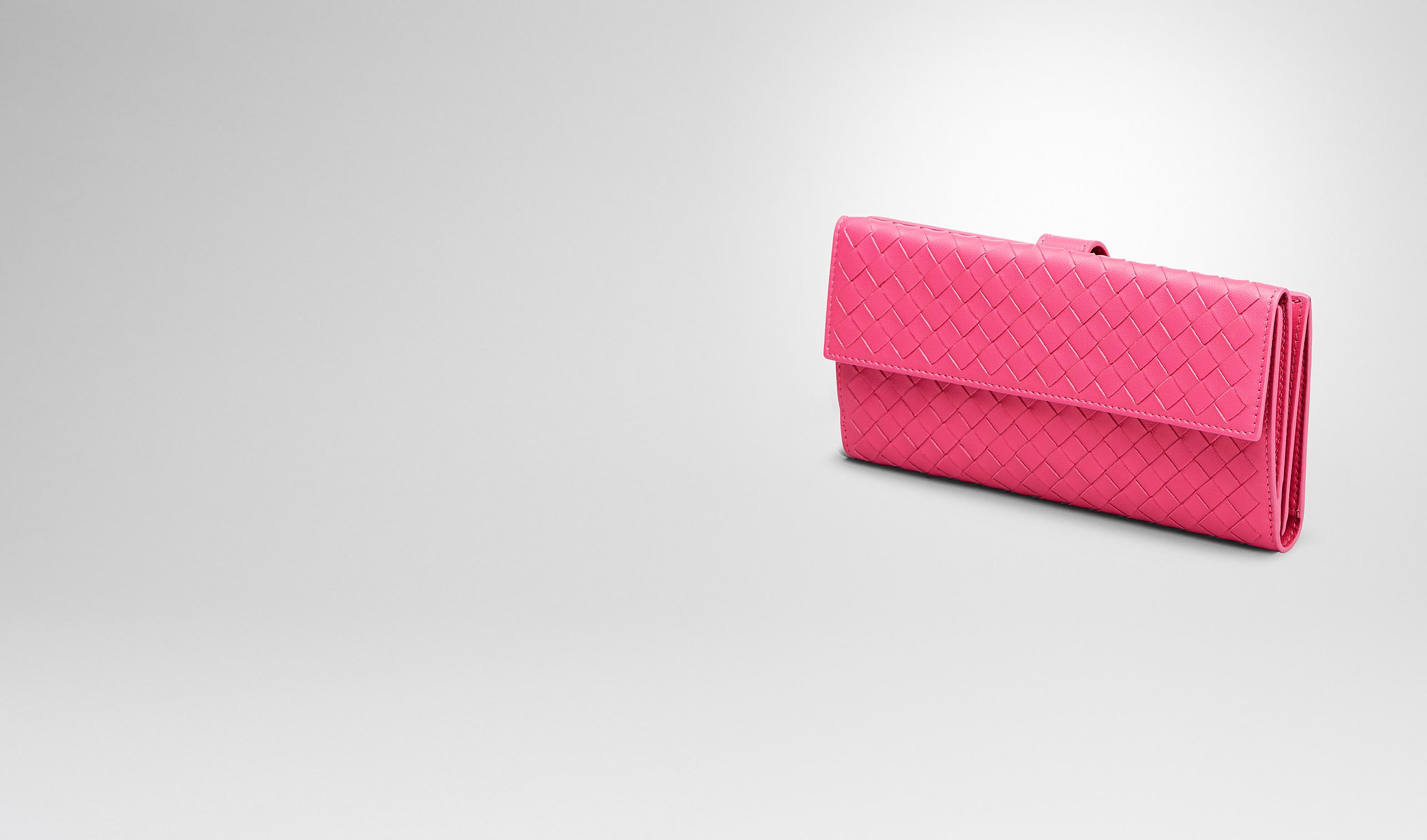 BOTTEGA VENETA Continental Wallet D Rosa Shock Intrecciato Nappa Continental Wallet pl