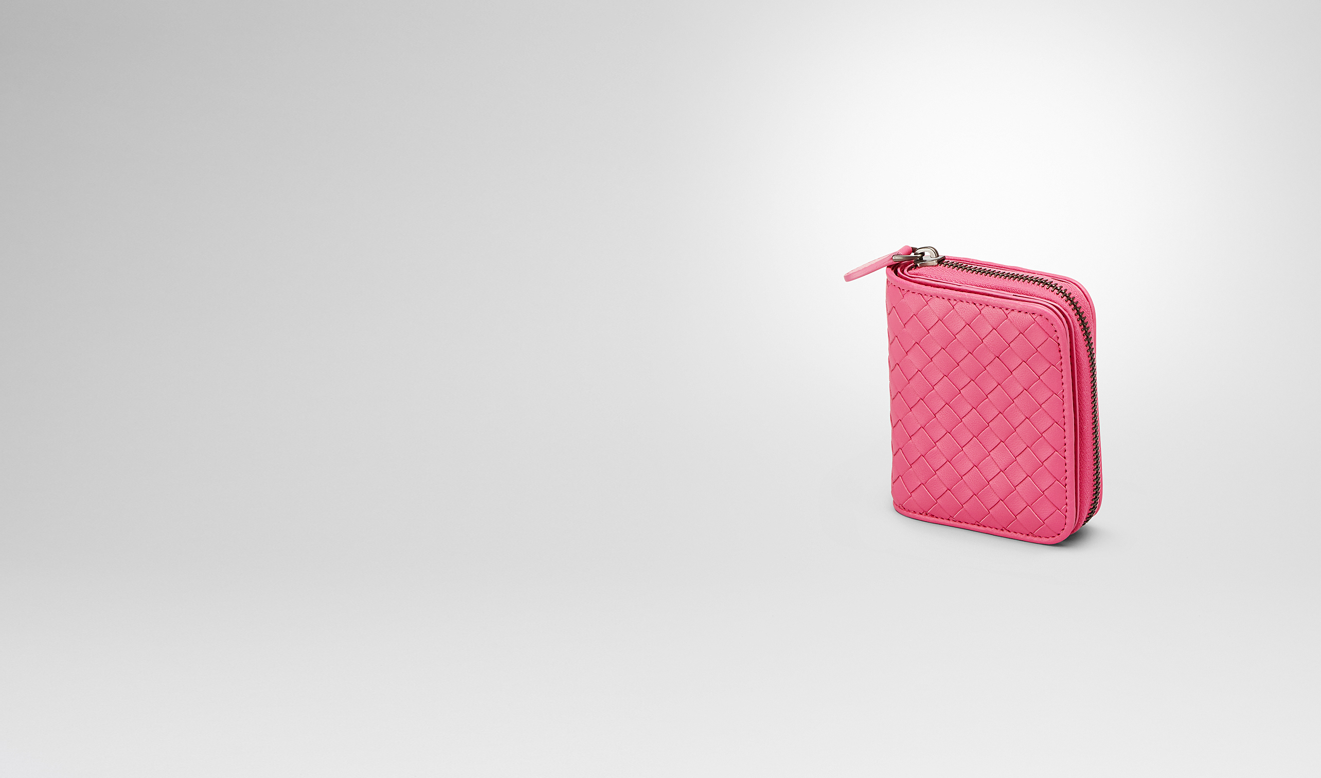BOTTEGA VENETA Mini Wallet or Coin Purse D Rosa Shock Intrecciato Nappa Mini Wallet pl