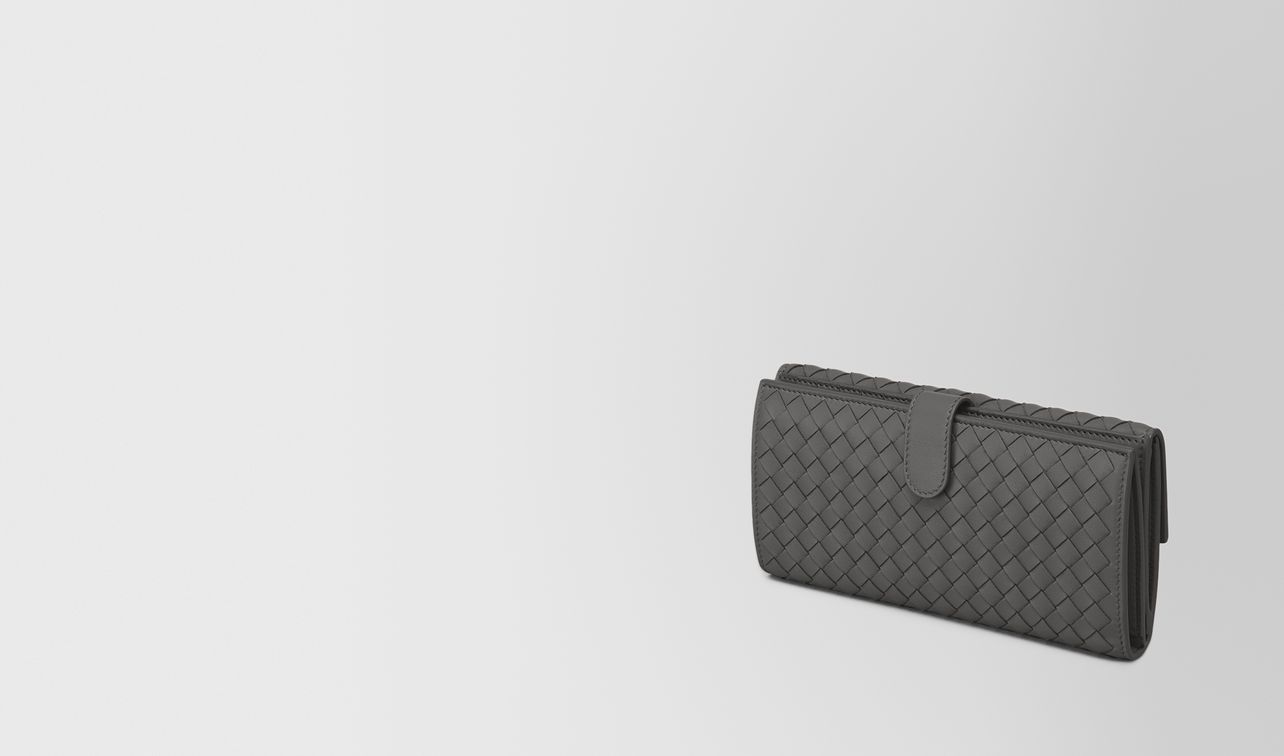 continental wallet in new light grey intrecciato nappa landing