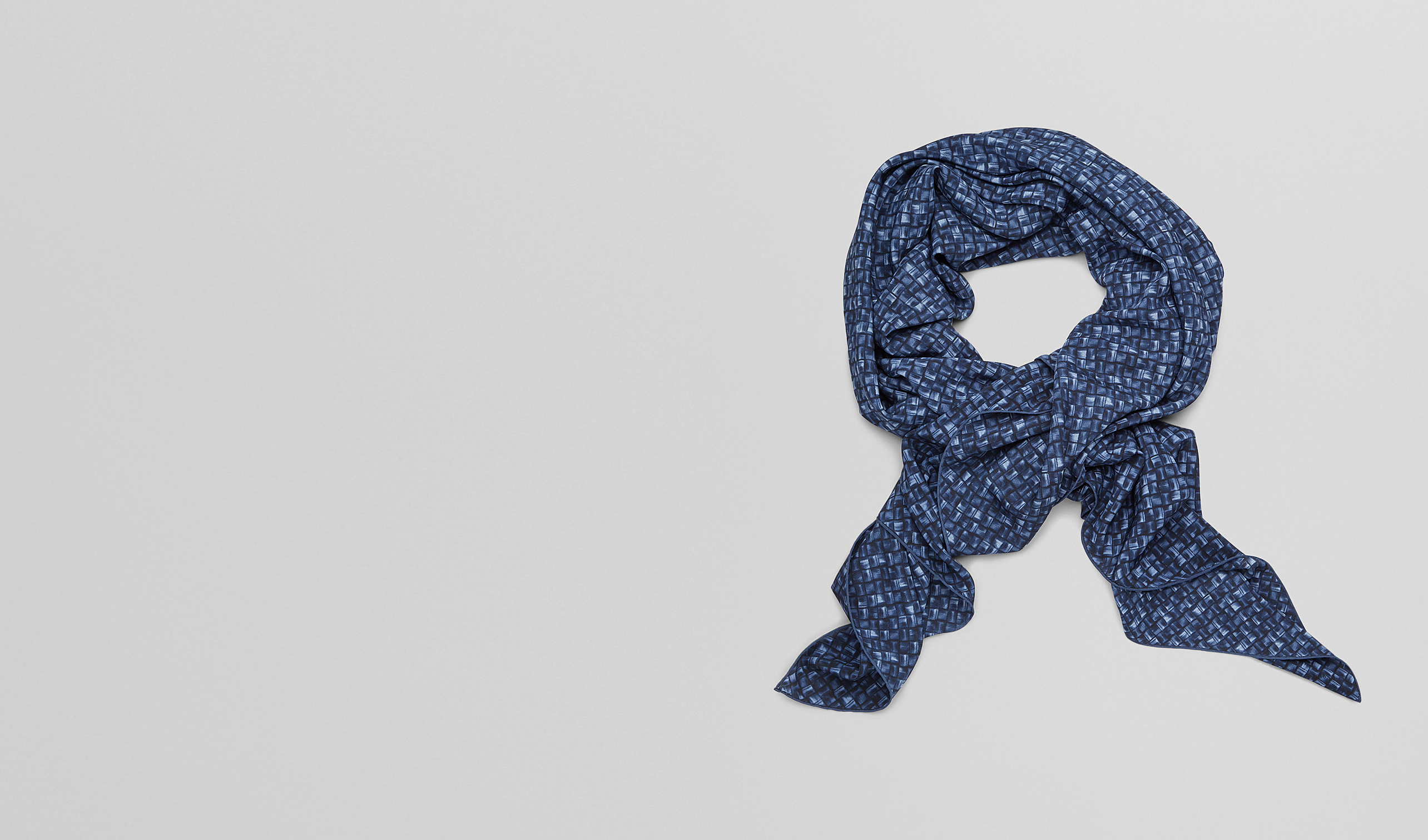 BOTTEGA VENETA Scarf or other D MIDNIGHT BLUE SILK   FOULARD pl