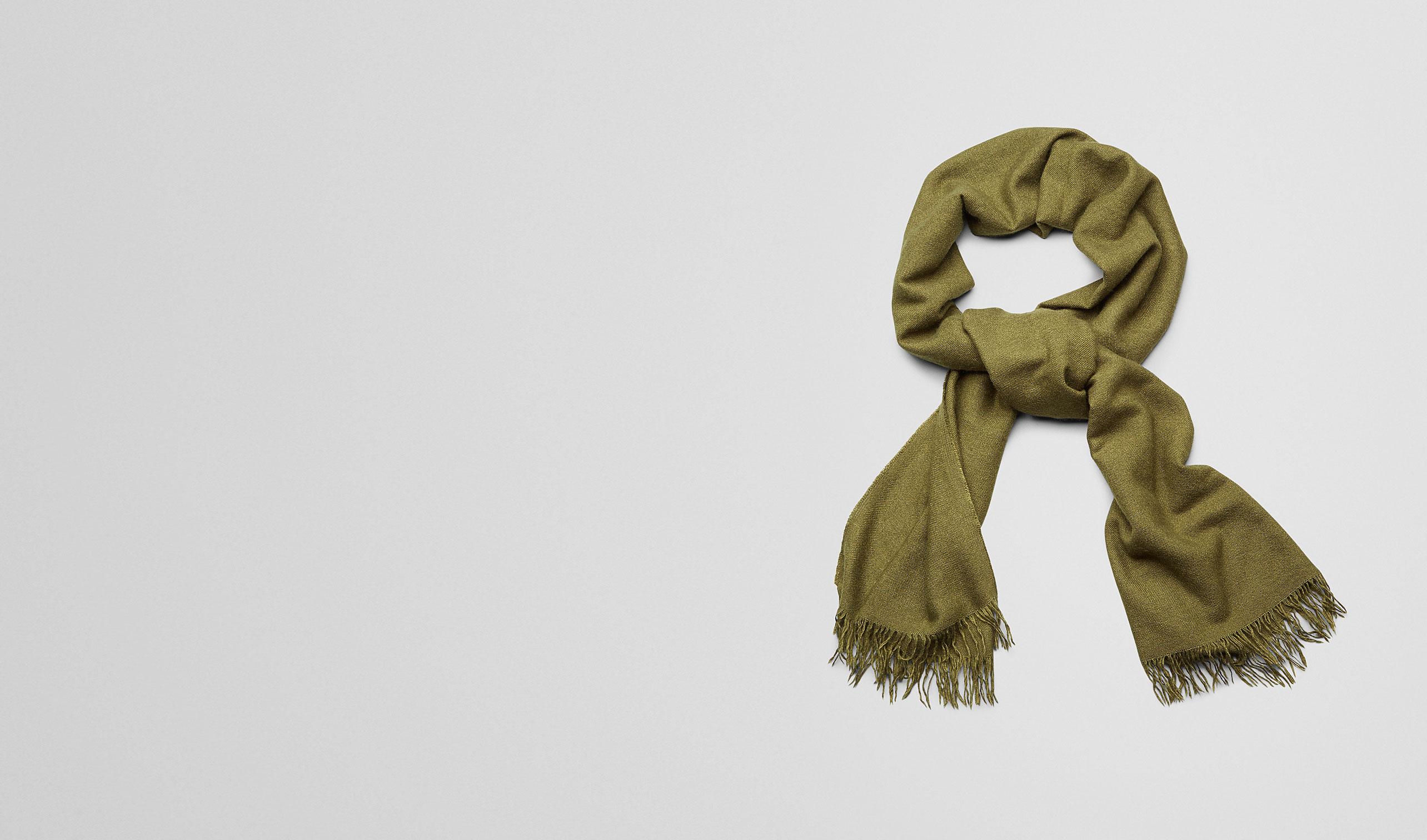 BOTTEGA VENETA Scarf or Hat or Glove U Olive Cashmere Silk Scarf pl
