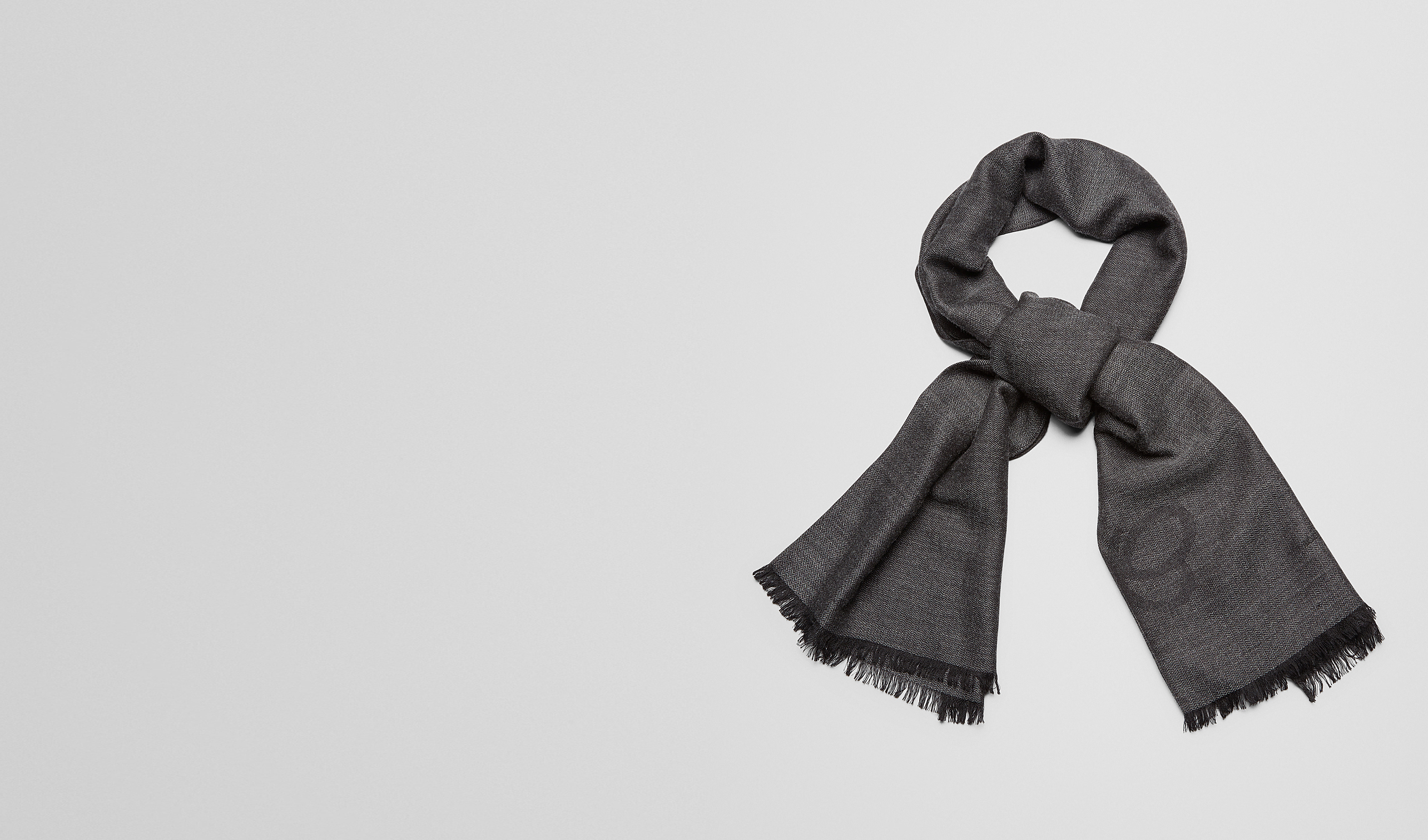 BOTTEGA VENETA Scarf or other E SCARF IN ANTHRACITE BLACK CASHMERE WOOL SILK pl