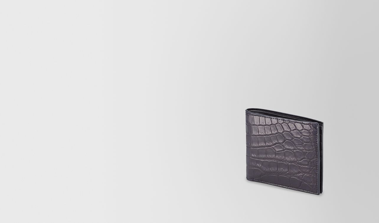 bi-fold wallet in tourmaline crocodile landing