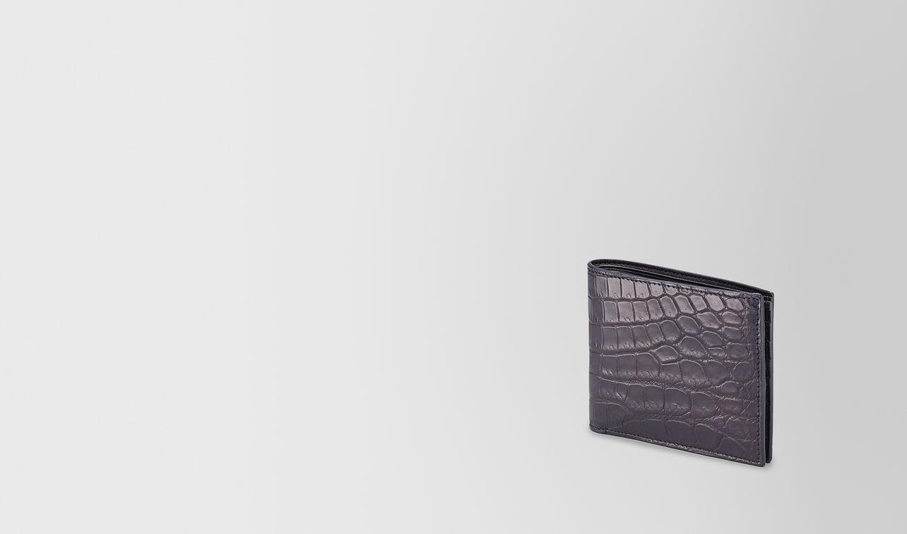 faltbares portemonnaie aus krokodilleder in tourmaline landing