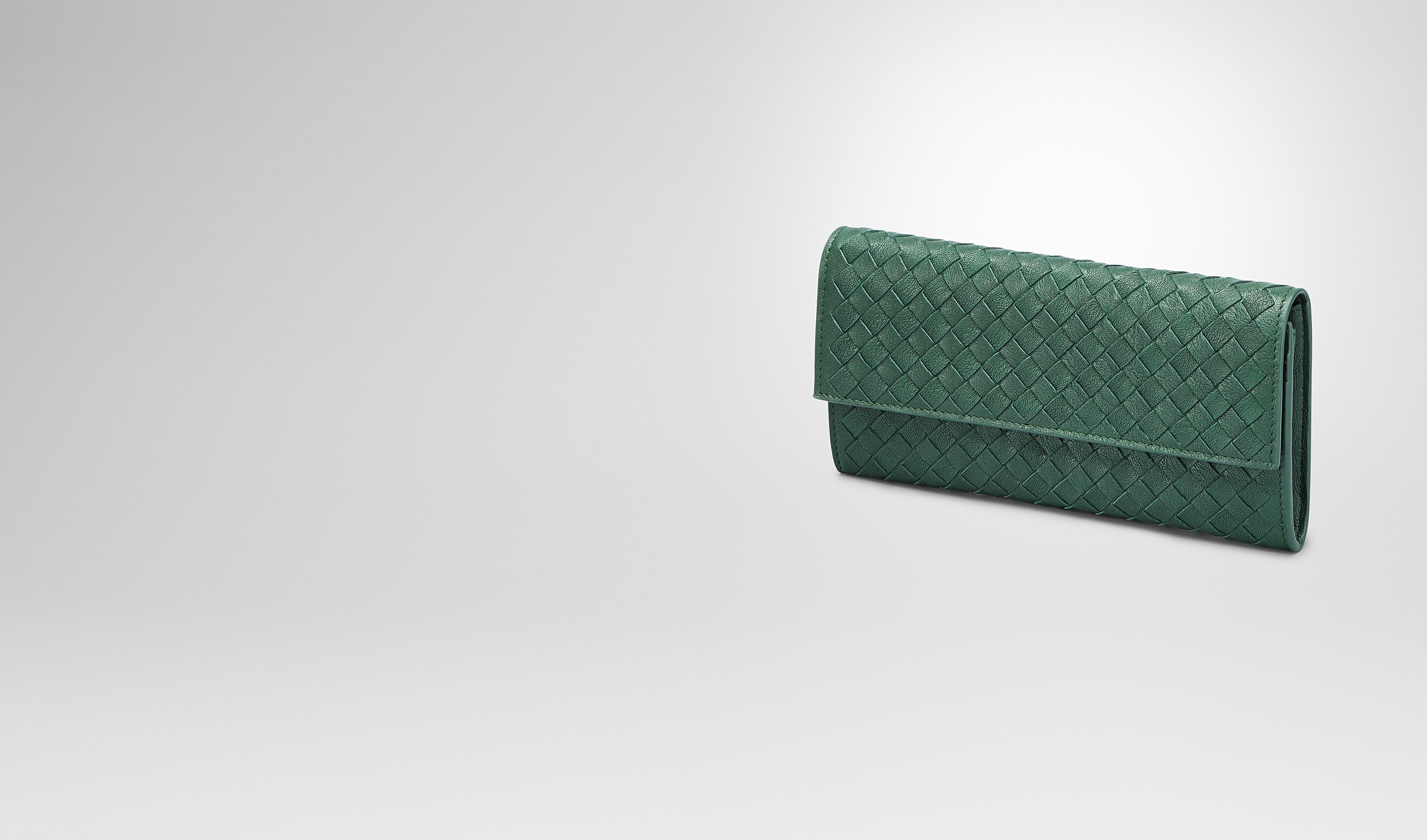 BOTTEGA VENETA Continental Wallet D EMERALD GREEN Intrecciato Washed Lambskin CONTINENTAL WALLET pl