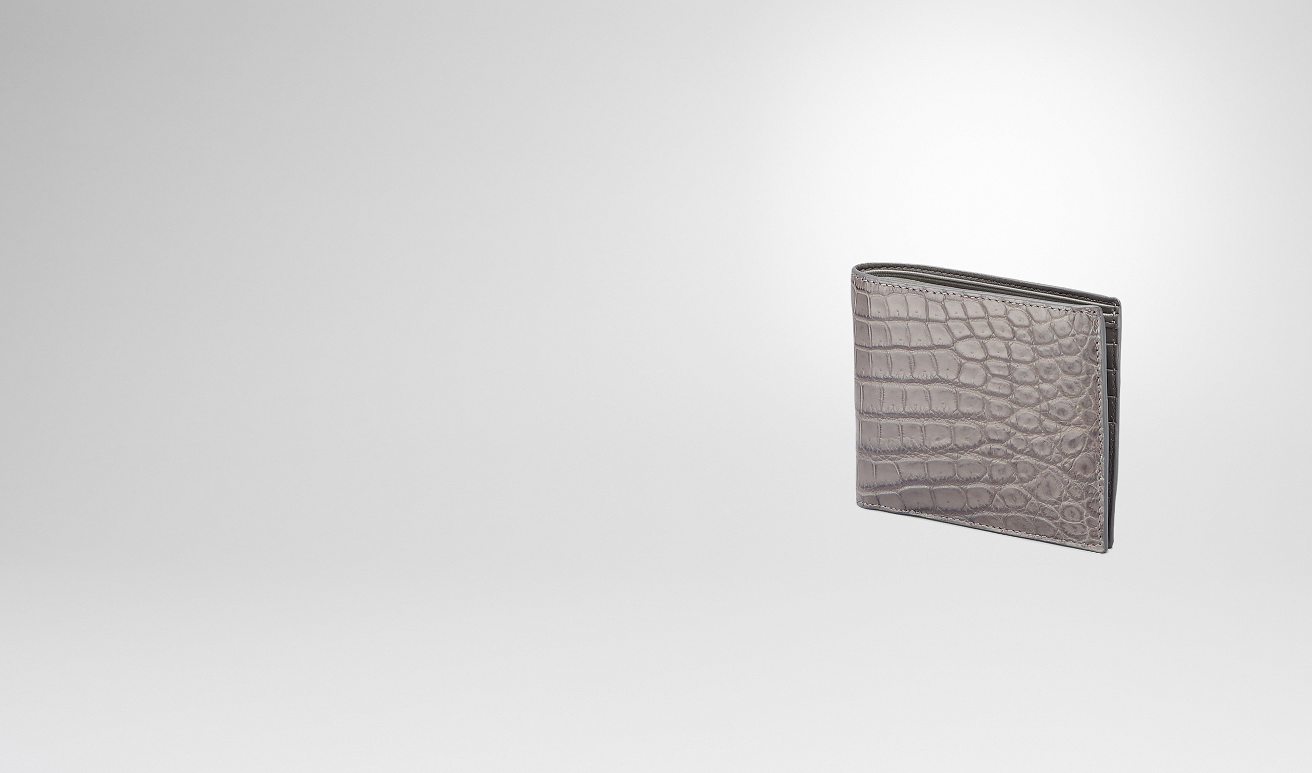 BOTTEGA VENETA Bi-fold Wallet U New Light Grey Soft Crocodile Fumé Wallet pl