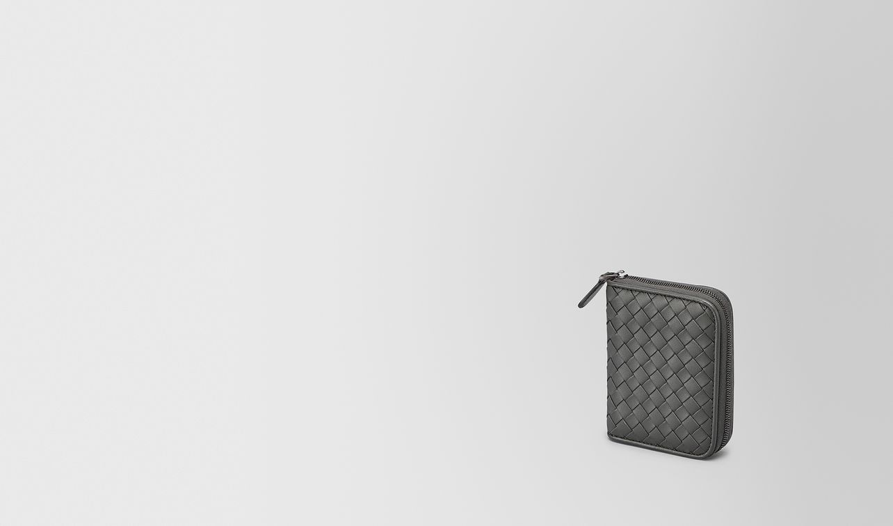 coin purse in new light grey intrecciato nappa landing