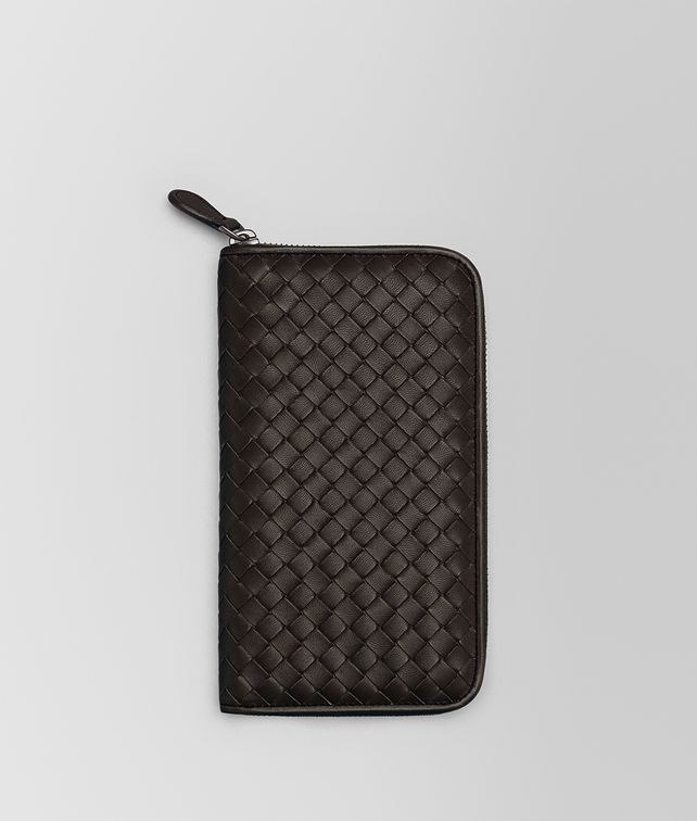 BOTTEGA VENETA ZIP AROUND WALLET IN ESPRESSO INTRECCIATO NAPPA Zip Around Wallet Woman fp