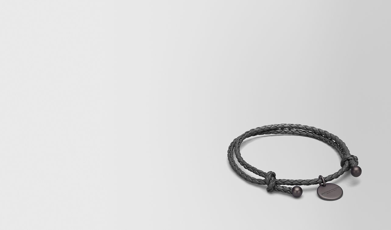 bracelet in new light grey intrecciato nappa landing