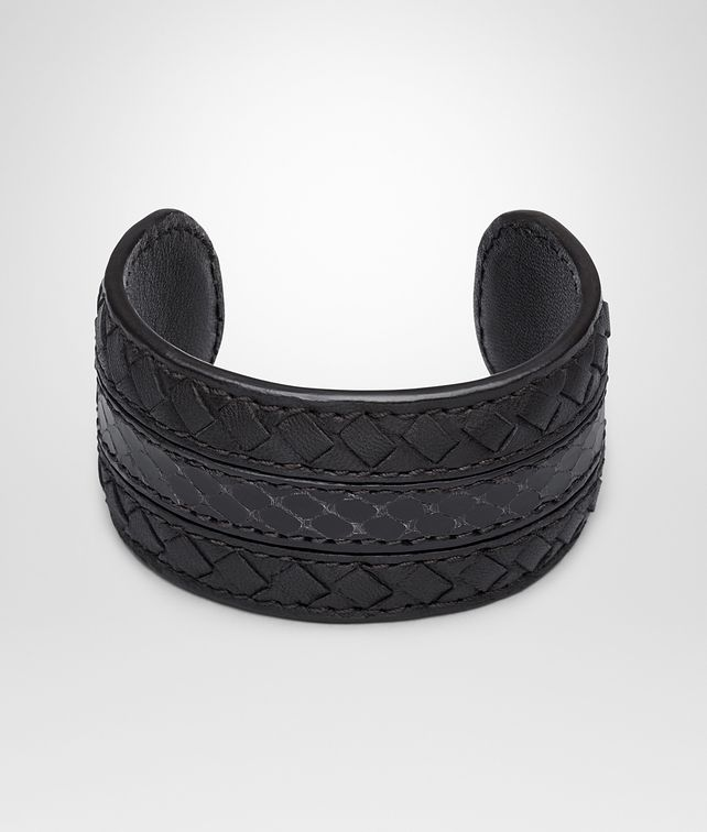 BOTTEGA VENETA BRACELET IN NERO MICROINTRECCIATO NAPPA AND AYERS Keyring or Bracelets Woman fp