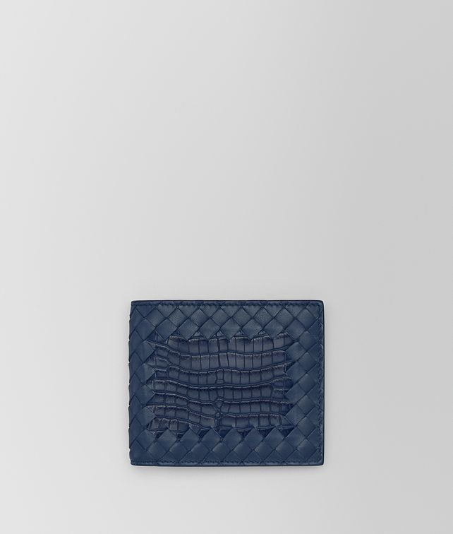 BOTTEGA VENETA BI-FOLD WALLET IN PACIFIC CROCODILE AND INTRECCIATO NAPPA LEATHER Bi-fold Wallet [*** pickupInStoreShippingNotGuaranteed_info ***] fp